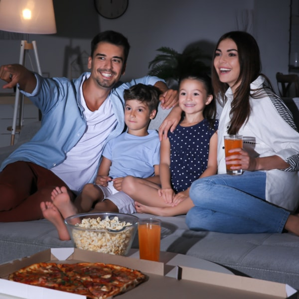 7 Rainy Day Ideas for Home Entertainment Not Expensive