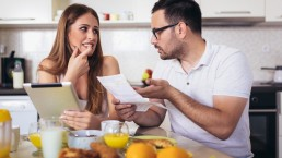 financial mistakes couples