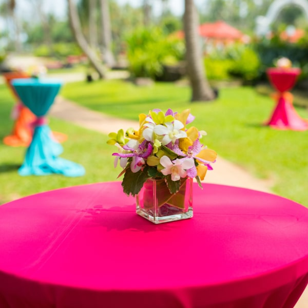 stay in budget this wedding season